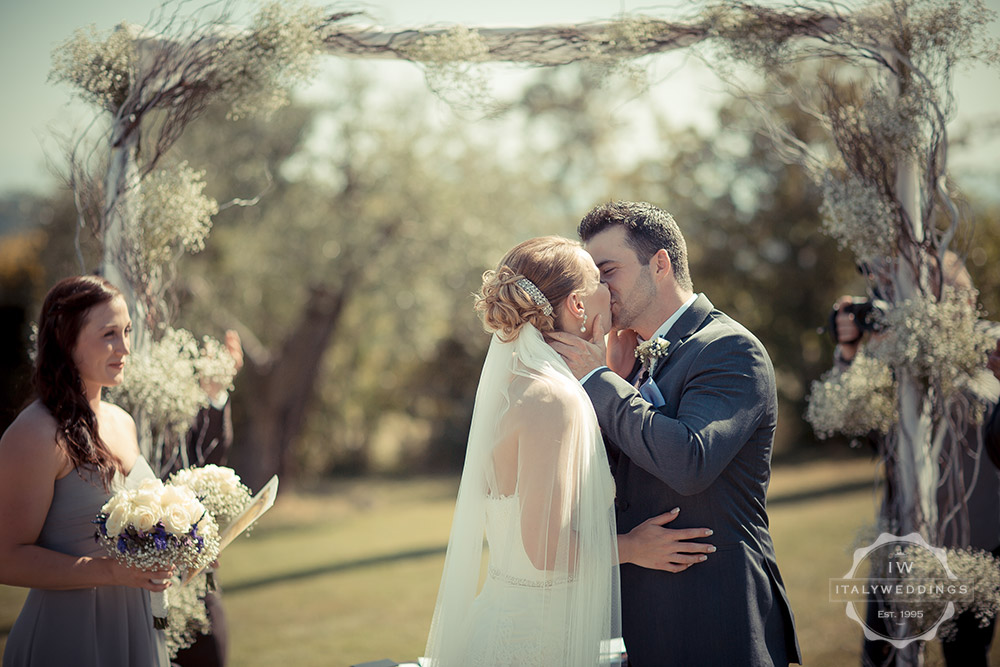 Ashleigh and Tyler, civil wedding in garden