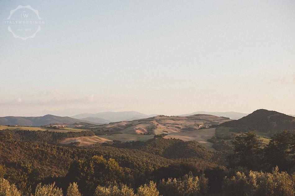 Carmen and Travis panorama tuscany