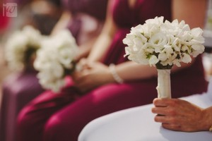 white bridesmaid bouquet
