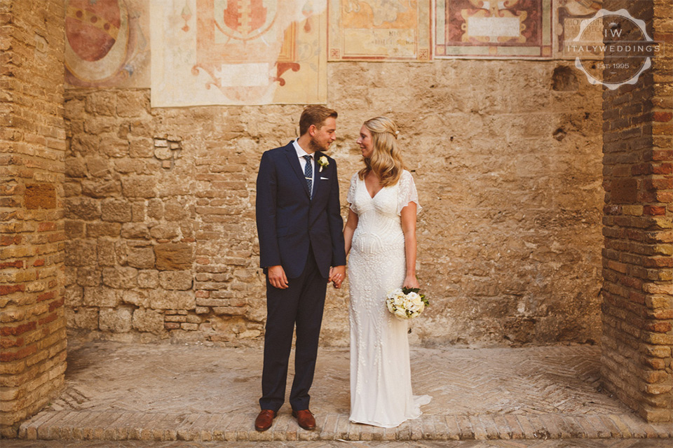Hannah and Daniel San Gimignano wedding