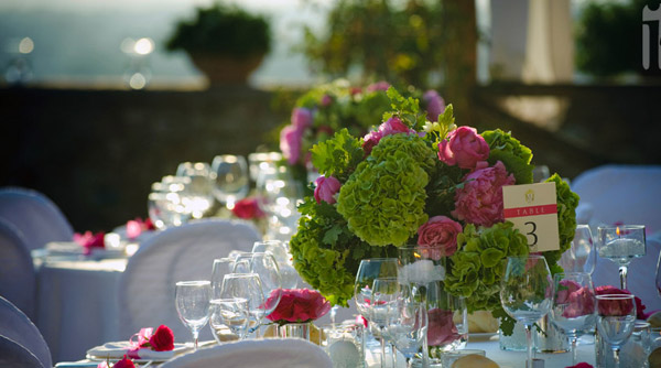 hydrangea wedding tables