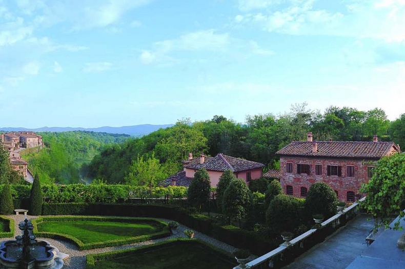 Tuscany Villa wedding converted village Borro