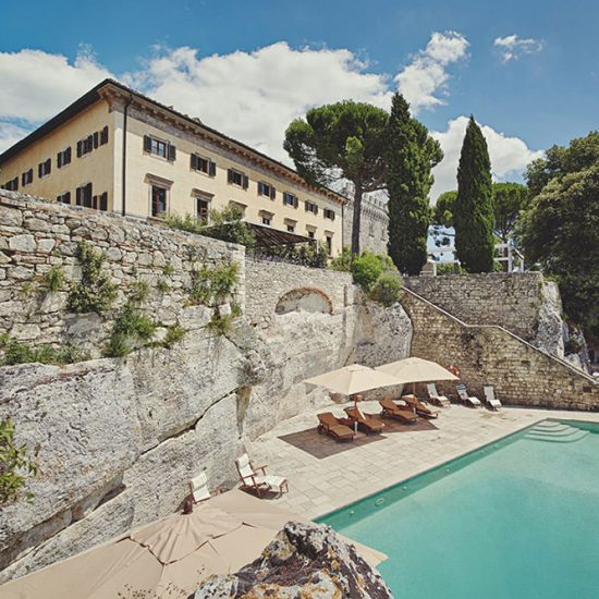elegant wedding villa near Volterra