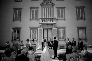 A civil wedding in the grounds of a historic villa