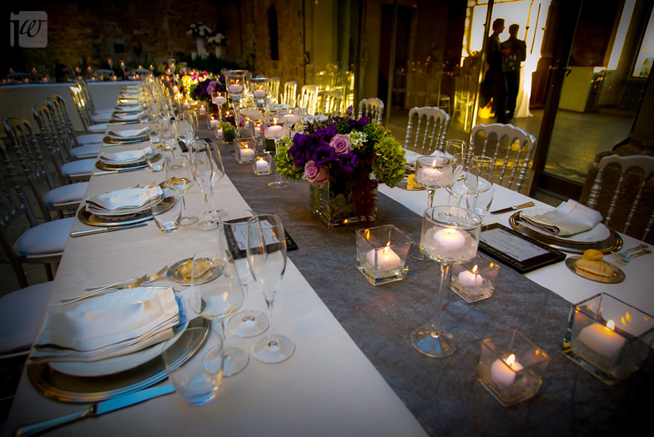 Vincigliata courtyard table
