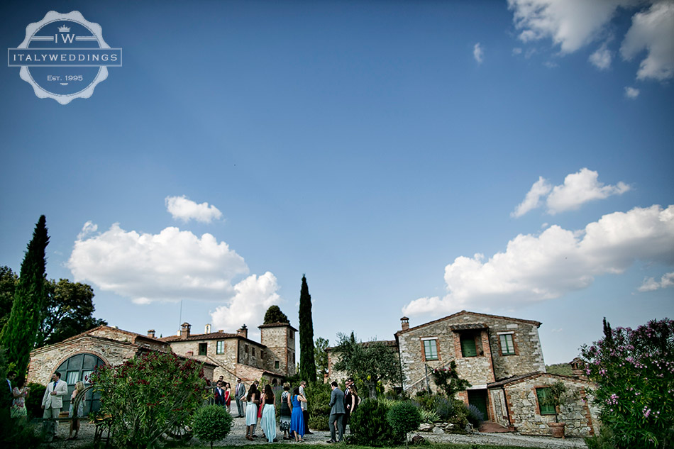 rural villa wedding tuscany