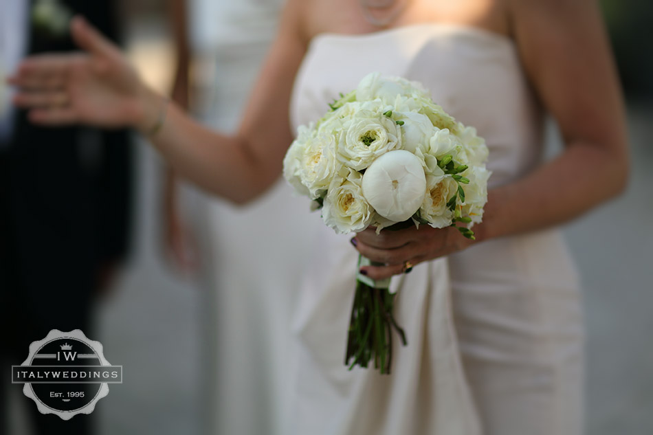 mixed off white bouquet