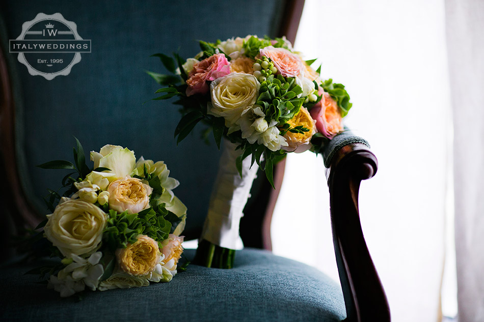 wedding bouquet tuscany italy