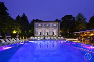 Wedding venue villa Cora Florence pool