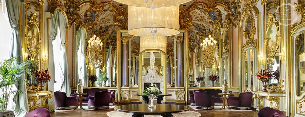 Wedding venue villa Cora Florence mirror hall
