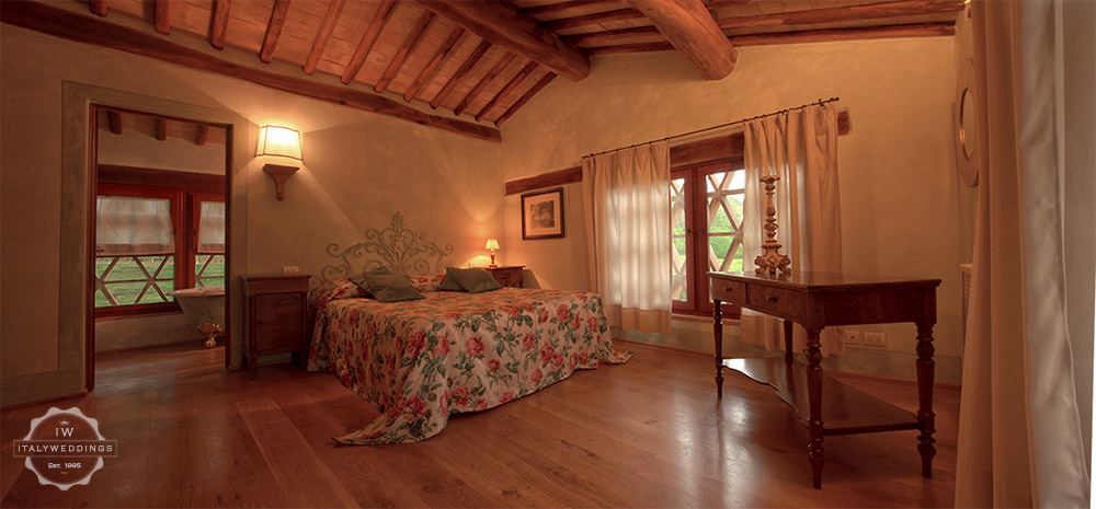 Tuscany villa bedroom