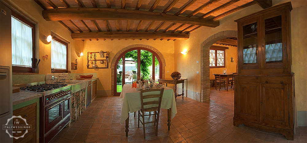 Tuscany villa kitchen
