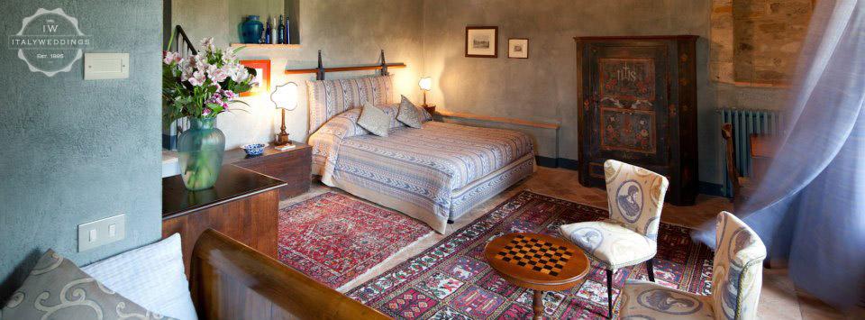 umbria villa bedroom