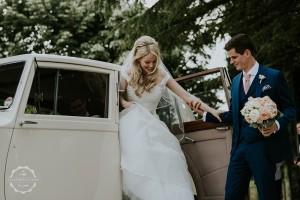 Villa wedding Tuscany bridal arrival