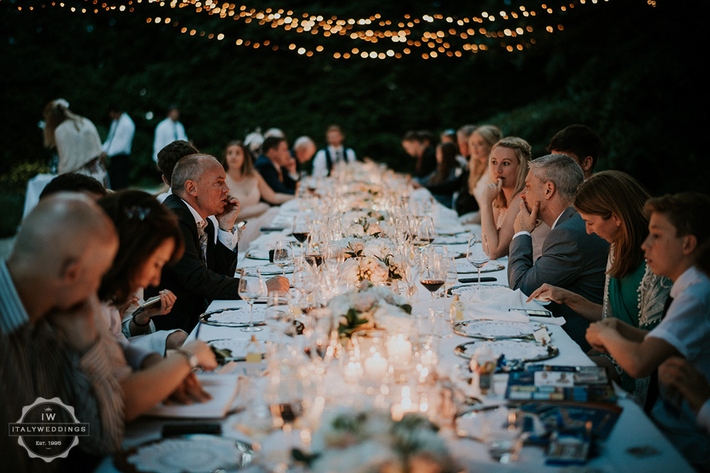 Villa wedding Tuscany fairy lights long table