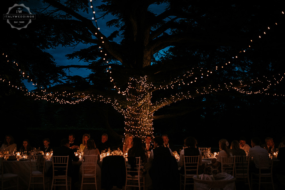 Villa wedding Tuscany fairy lights on tree