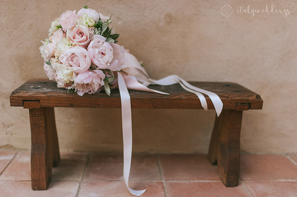 Tuscan wedding bouquet