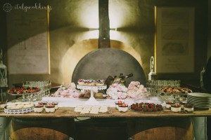 Tuscan wedding dessert selection