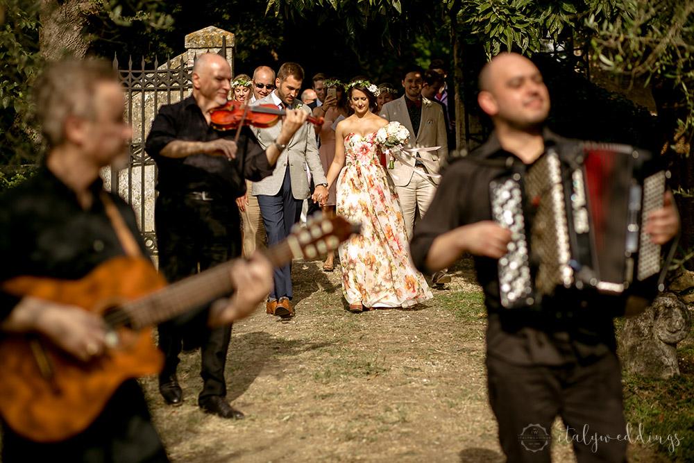 Siena Stomennano wedding musical entrance