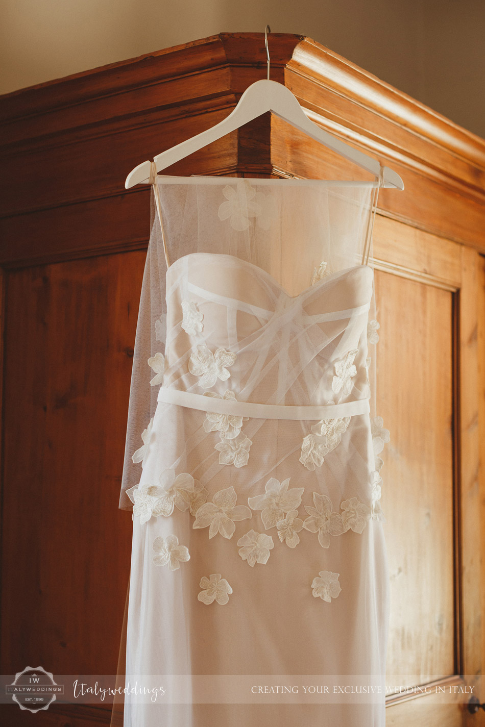 Florence wedding brides dress