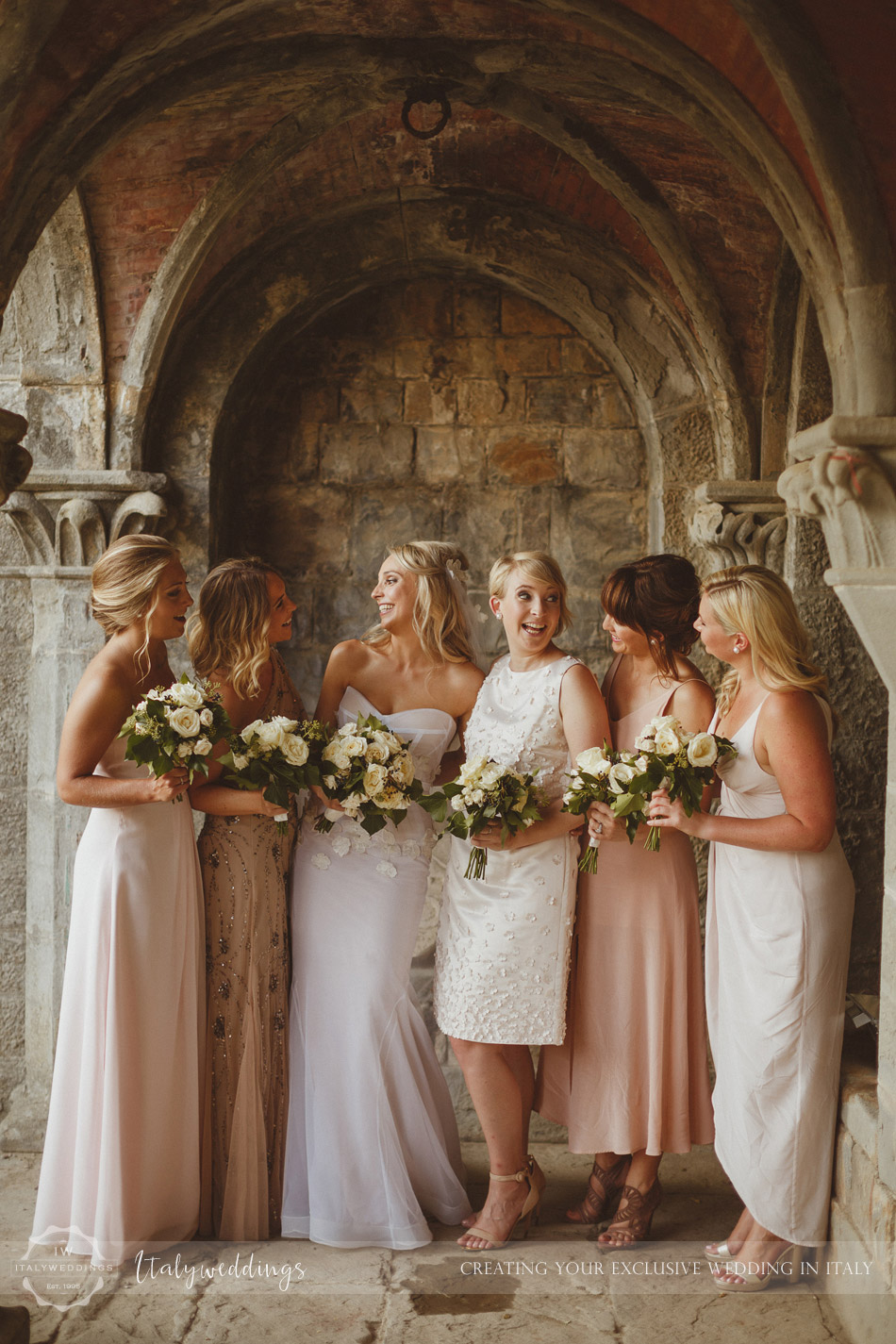 Castello di Vincigliata wedding bridesmaids