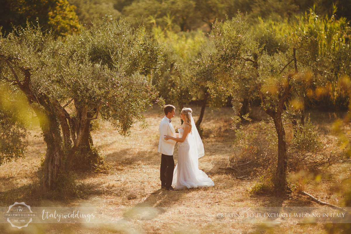 Castello di Vincigliata wedding portrait