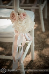 Fiesole Maiano wedding blessing garden chiavari roses
