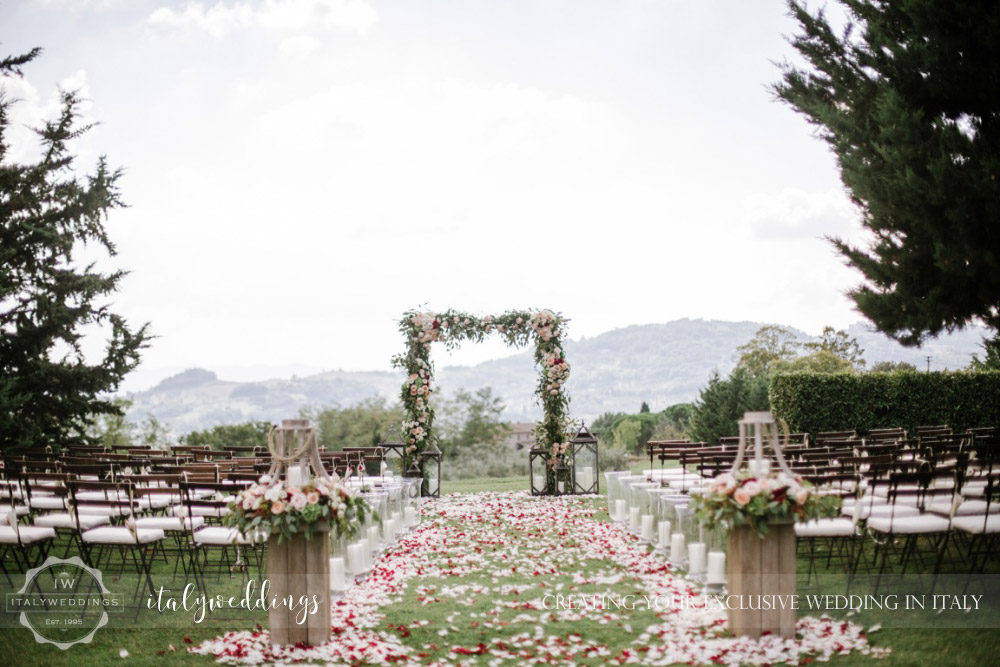 Wedding at Villa Ulignano floral arch