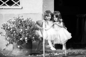 Blessing in the Tuscan hills by Italyweddings flower girls