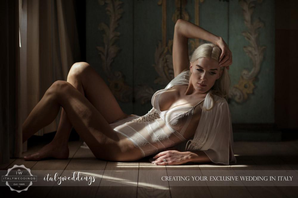 Italy wedding boudoire shoot
