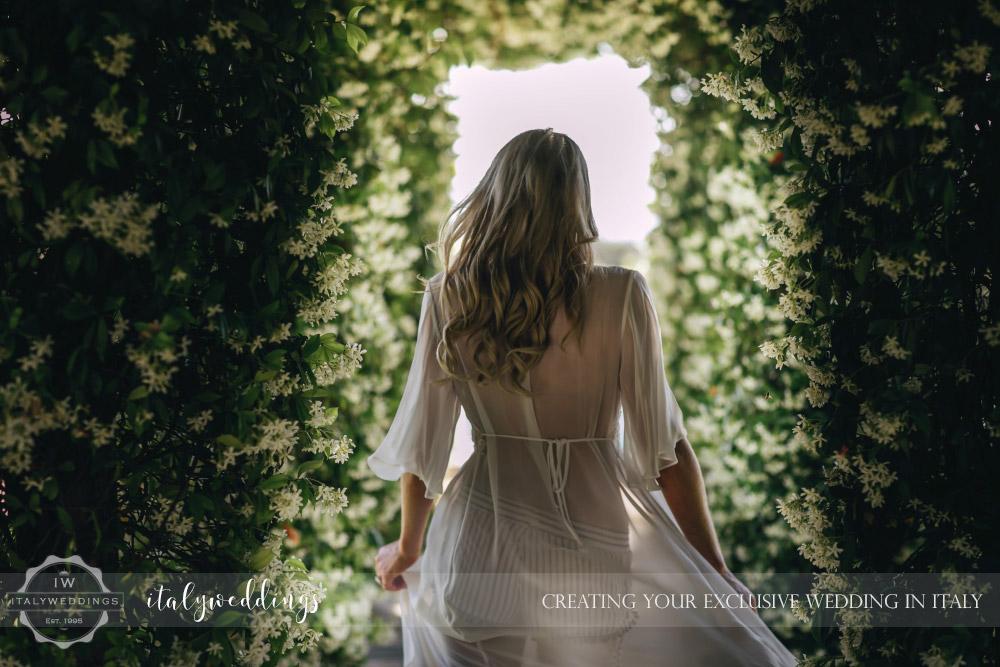 Italy wedding bridal preparation