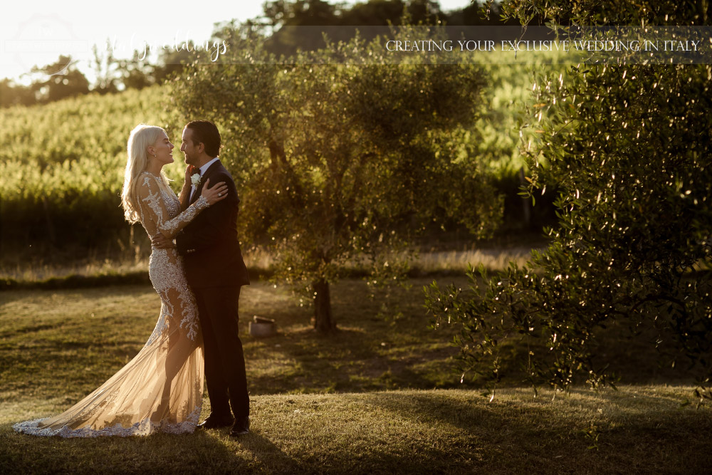 Italy wedding the couple