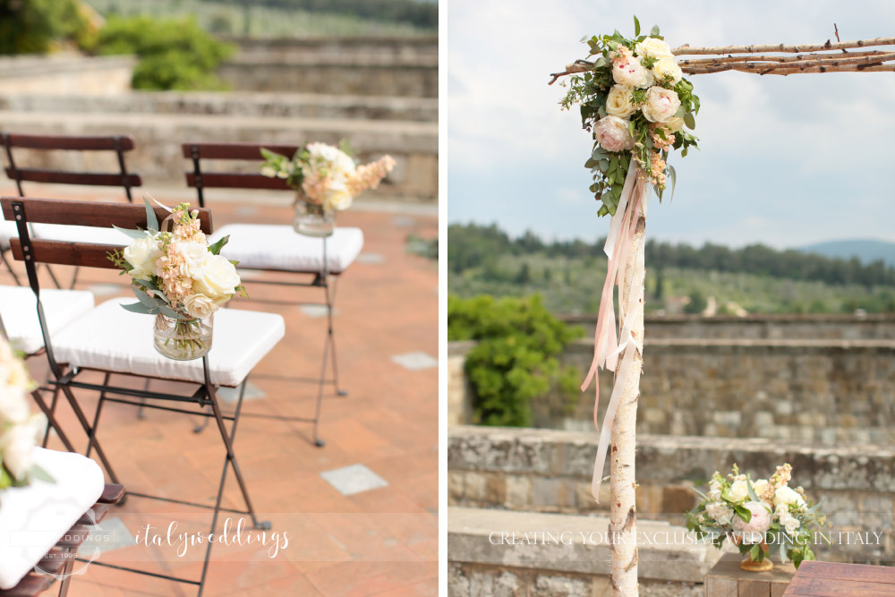 Castello di Vincigliata wedding arch