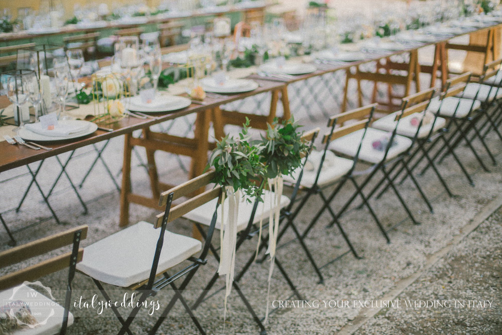 Ulignano wedding blessing country chic table
