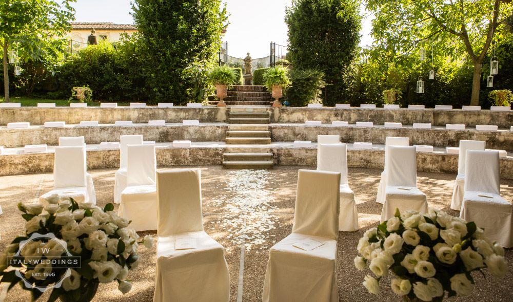 Wedding villa Piazzole Florence blessing