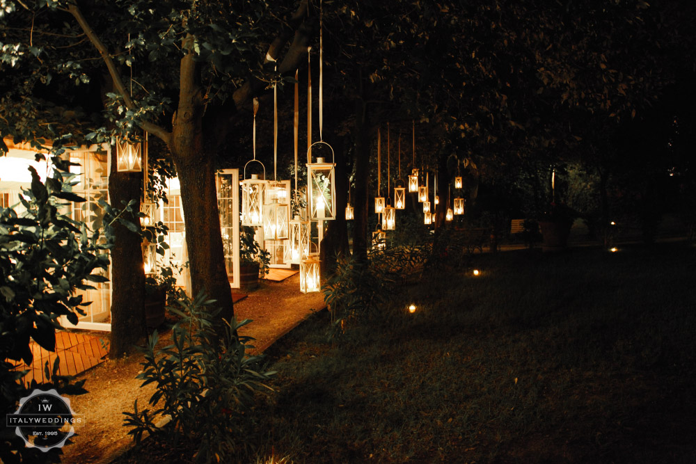 Wedding villa Piazzole Florence lanterns