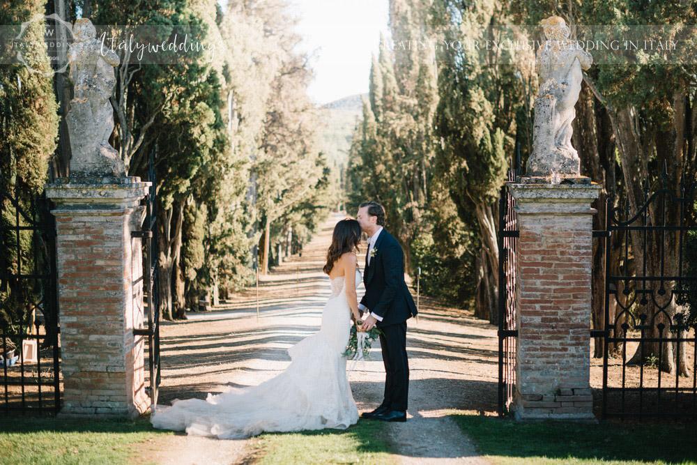 Blessing at Villa Stomennano Tuscany
