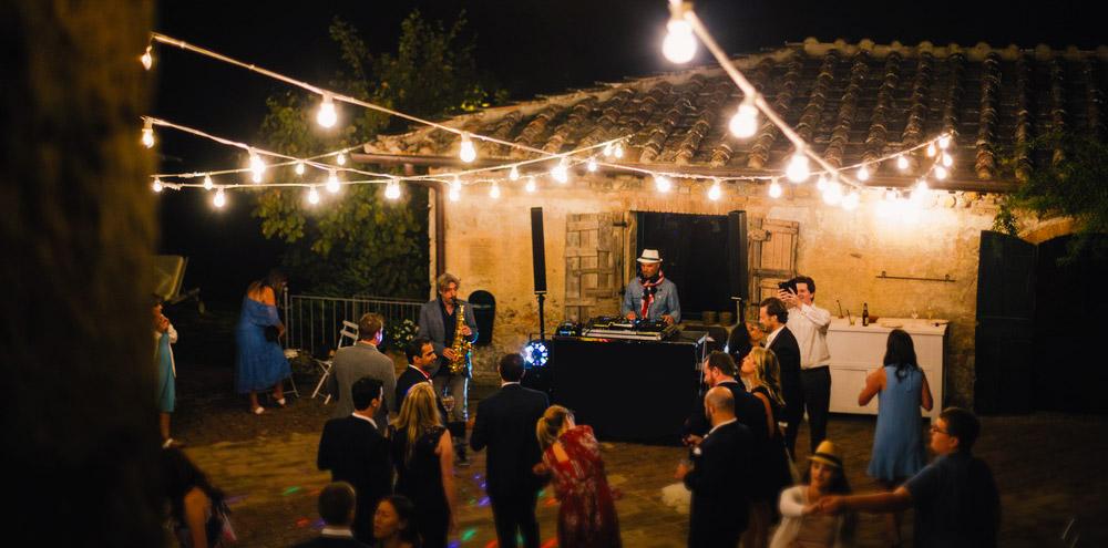 DJ set wedding Italy Villa Stomennano