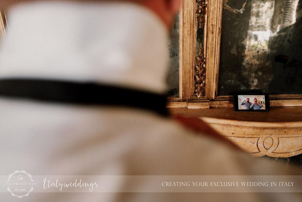 Stomennano wedding Tuscany groom preparation