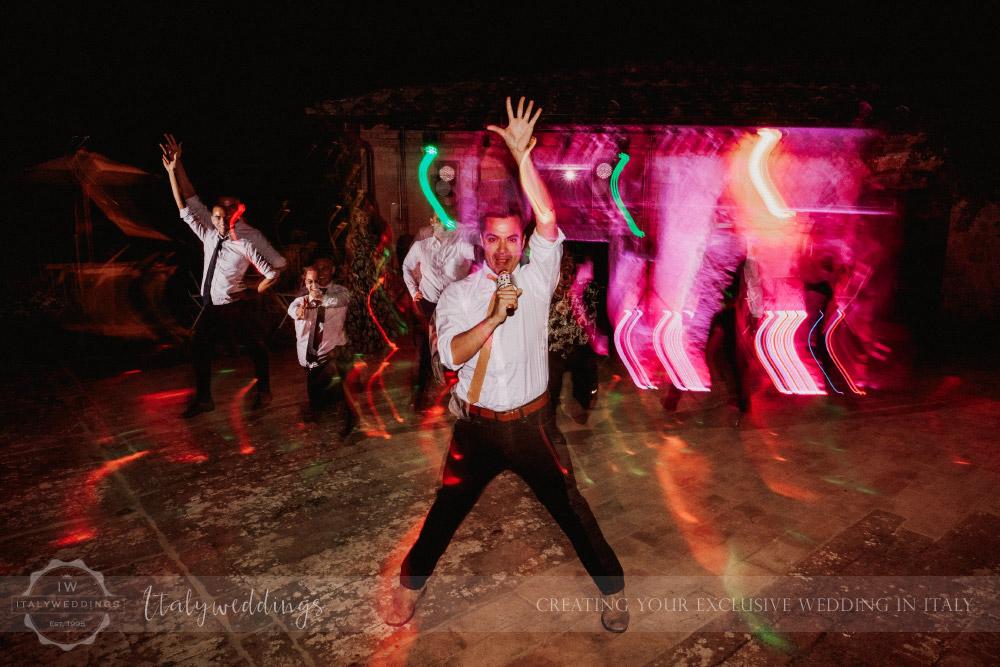 Stomennano wedding Tuscany first dance