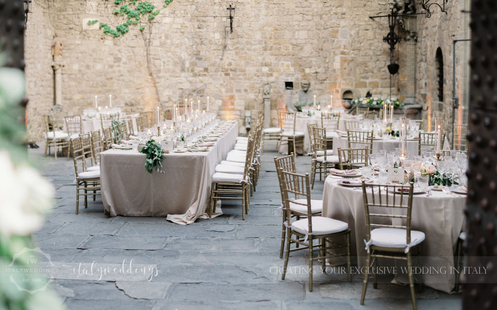 gold and green details for wedding at Castello di Vincigliata