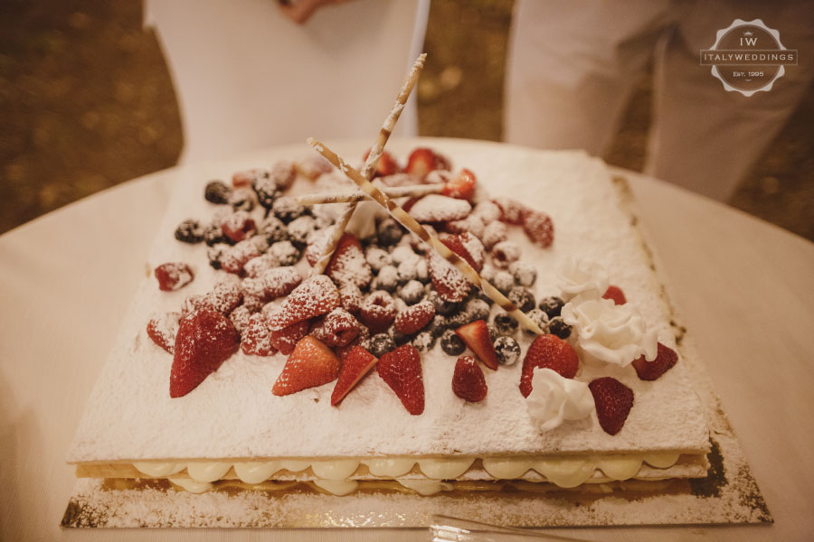 Millefoglie wedding cake