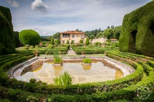 Villa Gamberaia luxury event location Florence