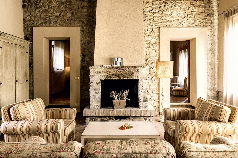 Chianti, Tuscany wedding villa converted village lounge