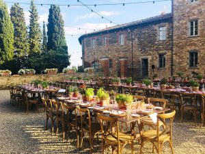 Borgo Scopeto wedding in courtyard