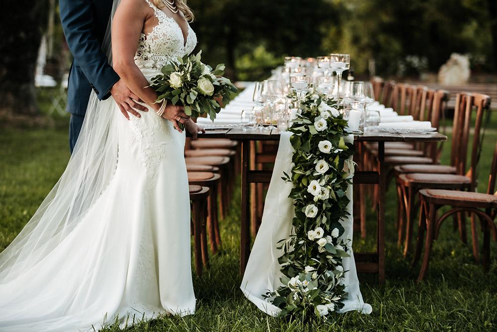 Rural wedding venue Arezzo table