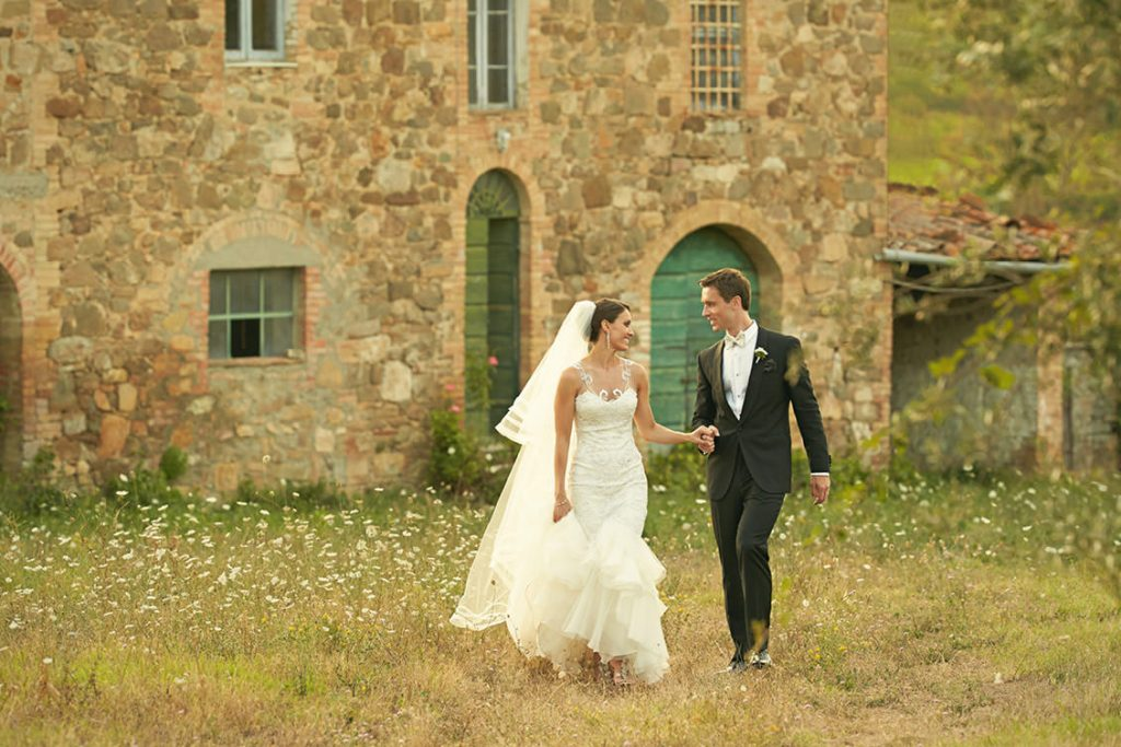 Castello di Velona Tuscan wedding venue shooting