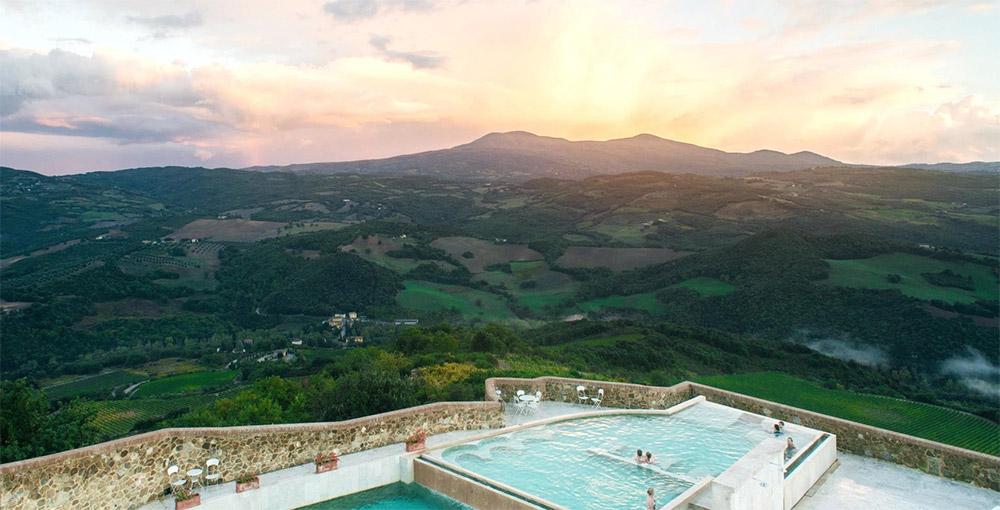 Castello di Velona Tuscan wedding venue panorama