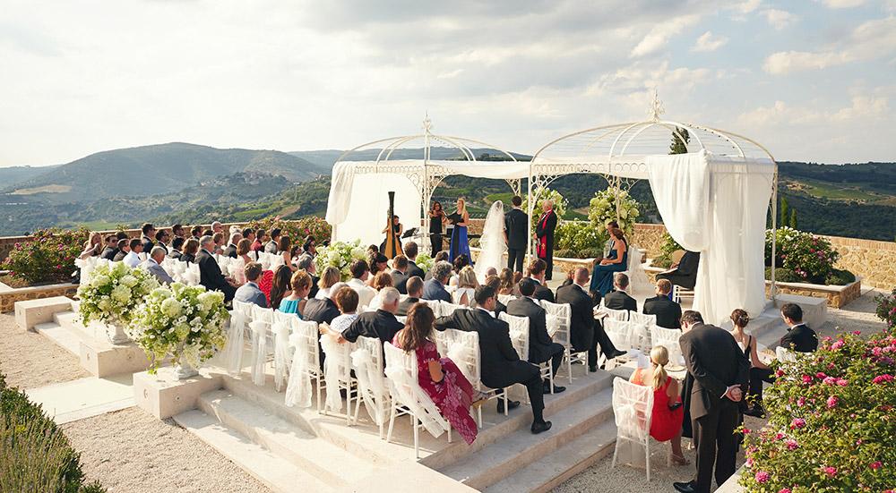 Castello di Velona Tuscan wedding venue blessing