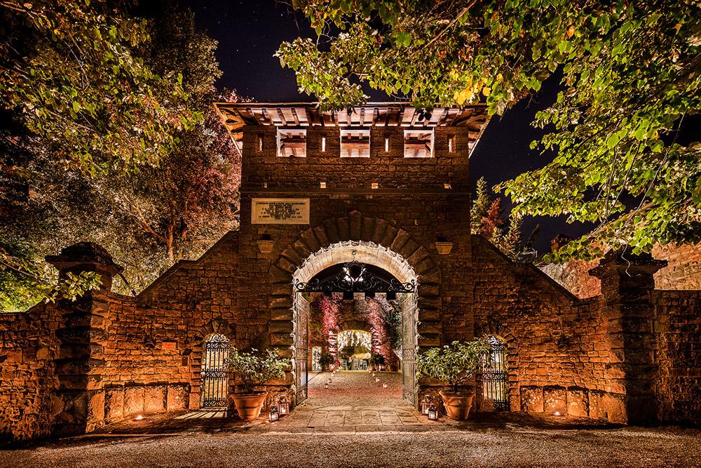 Chianti wedding villa gateway